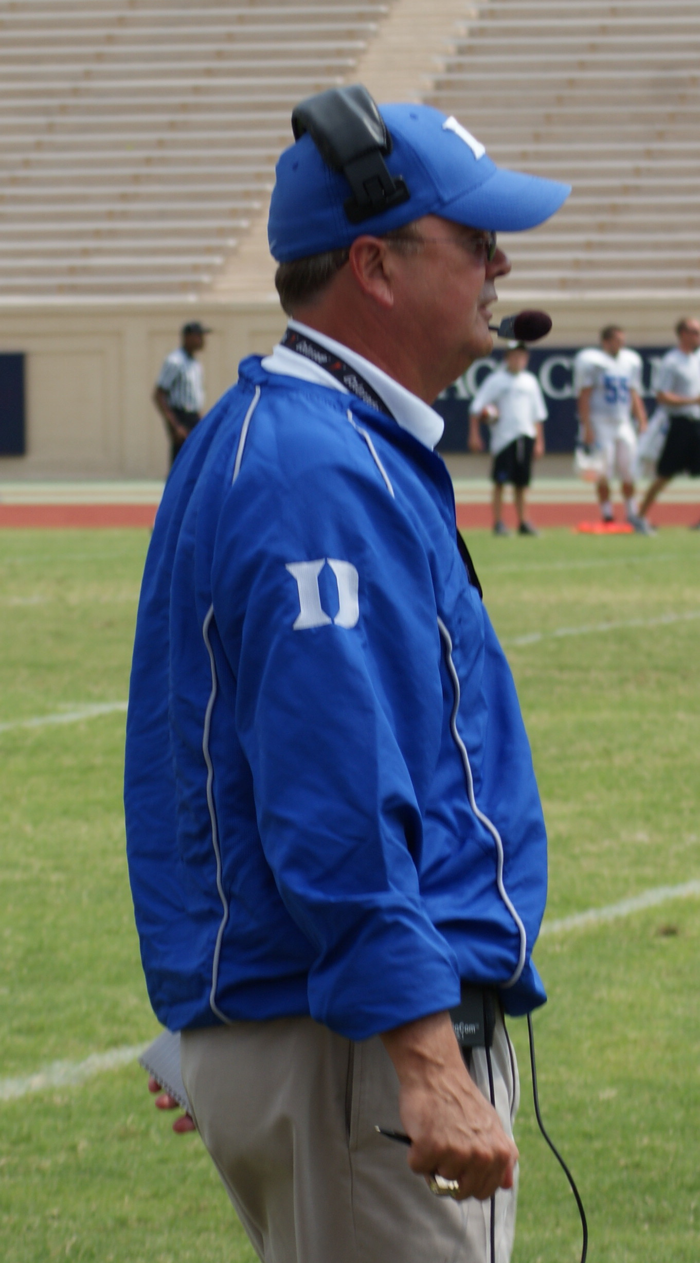 Can Coach Cutcliffe lead the Blue Devils to a bowl in 2011?