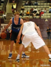 Plumlee defens Singler in an earlier Pro Am game - Rick Crank Photo