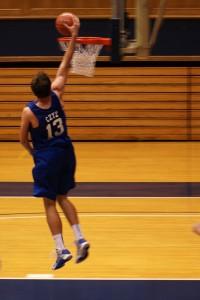 Olek Cyz dunks in practice - BDN Photo