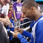 Nolan Smith signs for fans just moments ago - BDN Photo
