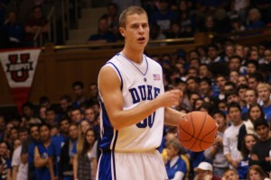 Scheyer autographs for fans in Houston