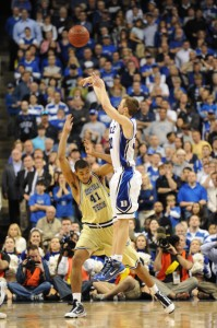 Scheyer drains game winner