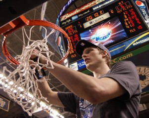 Kyle Singler pictured clipping the nets here, will join teamate Nolan Smith on the USA Select Team - Photo Mark Watson, BDN