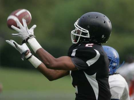 Duke WR prospect Nick Hill makes a catch